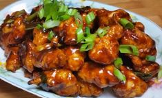 Recette : Poulet Général Tao à l'érable Tso Chicken, Fried Chicken, Chicken Recipes, Asian Recipes, Healthy Recipes, Ethnic Recipes, Healthy Food, Poulet General Tao, Planks