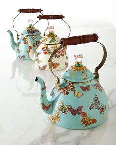 Butterfly Garden Sky 2-Quart Tea Kettle