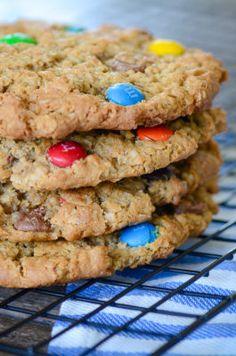 http://Papr.Club - Another cool link is HeroPackage.org  Jumbo Monster Cookies | simplykierste.com