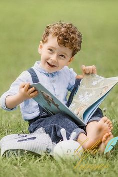 Reading should not be presented to children as a chore, a duty. It should be offered as a gift. Kids Reading Books, Kids Story Books, Reading Time, Types Of Books, Life Lessons, Picnic Blanket, Books To Read, First Love, Author