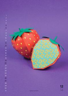 Calendario New Flavours hecho con papel. 12 meses, 12 Frutas. Colores. Diciembre. Fresa.
