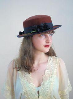 80s Brown Wool Hat with Black Flower, Vintage Brown Hat, Flat Brim Hat, Retro Hat, Women's Autumn Hat, Wool Felt Hat, Steampunk Wool Boater