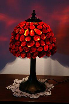 Lámpara Tiffany de vidrio rojo hecho a la medida por ArtGlassAnazie