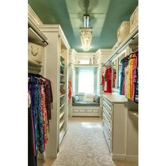 33 Walk In Closet Design Ideas to Find Solace in Master Bedroom ❤ liked on Polyvore featuring house and closet