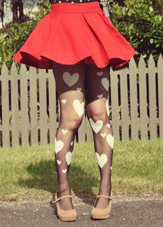 Perfect for Valentine's: DIY Heart Print Tights ♥