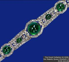 Originally made with sixteen of the Cambridge Emeralds as part of the Delhi Durbar Parure, matching the necklace and bracelet, it was re-modeled for Queen Mary (of Teck) in the 1920s using the same emeralds and brilliant-cut diamonds, but set in platinum in the Art Deco style.
