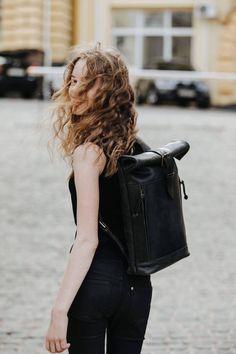 Fashion Mode, Work Fashion, Fashion Bags, Male Fashion, Trendy Fashion, Fashion Outfits, Back To School Bags, Back To School Backpacks, Trendy Backpacks
