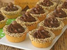 How to Make Chocolate Mini Tart Pastry Recipes, Cookie Recipes, Dessert Recipes, Eid Sweets, Wedding Buffet Food, Mini Tortillas, Sweet Pastries, Birthday Cake Decorating, Sweet Sauce