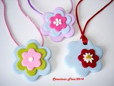 Colgante infantil flores