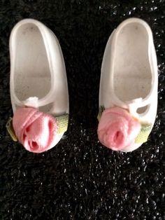 HTF Sindy dolls Mam'selle Cinderella D.02 White Rose Shoes 1960's | eBay Sindy Doll, Dolls, White Roses, Doll Clothes, Cinderella, Slippers, Sandals, Ebay, Shoes