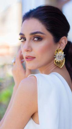 Beautiful Blonde Girl, Beautiful Girl Indian, Beautiful Girl Image, Most Beautiful Indian Actress, Beautiful Women Videos, Beautiful Muslim Women, Gorgeous Women, Cute Beauty, Beauty Full Girl