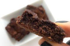 Receita rápida de brownie fit rico em fibras para comer doce sem sair da dieta