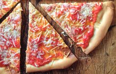 AMERICAN BAKING DOWN THE DECADES, 1940-1949: HEAD OVER HEELS FOR PIZZA