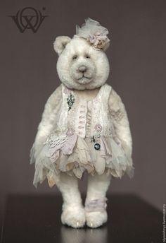 Купить Бетти (Betty) мишка тедди - белый, бурлеск, кружево ручной работы, мишка тедди Teddy Bear Hug, Old Teddy Bears, Teddy Bear Toys, Vintage Teddy Bears, Tedy Bear, Big Stuffed Animal, Teddy Pictures, Bear Doll, Bear Art