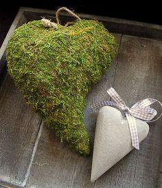6 sehr schöne Moosherzen, getrocknetes Echtmoos, Landhausstil 8,5 cm, D158