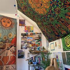 Hippy Room 20256 United we stand. Divided we fall. Loving one another and coming together to stand against the corrupt system we live in is the only way. Cute Room Ideas, Cute Room Decor, Dream Rooms, Dream Bedroom, My New Room, My Room, Dorm Room, Room Ideas Bedroom, Bedroom Decor