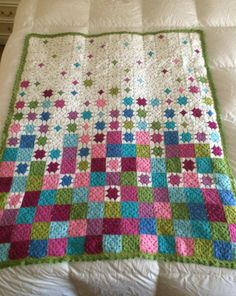 Most up-to-date Free of Charge Crochet Blanket patchwork Concepts This is a grou. Most up-to-date Free of Charge Crochet Blanket patchwork Concepts This is a group of crochet how-to's for making your cr. Granny Square Quilt, Granny Square Crochet Pattern, Crochet Squares, Crochet Granny, Crochet Blanket Patterns, Baby Blanket Crochet, Crochet Stitches, Patchwork Blanket, Afghan Blanket