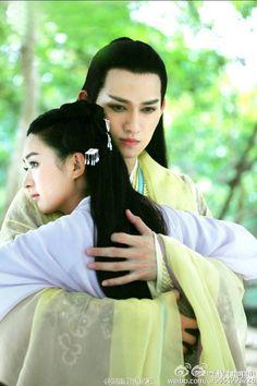 Fan thích thú khi Sát Thiên Mạch gặp Hoa Thiên Cốt