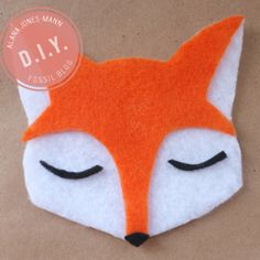 diy fox ornaments NOTE: orange goes under the eyes Fox Crafts, Diy Arts And Crafts, Crafts For Kids, Fall Festival Decorations, Sewing Projects, Craft Projects, Craft Ideas, Fox Party, Baby Party