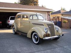 1937 Ford 4 Door Sedan Slant Back