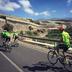 43k from bottom to top. Via @simoclarke @rideargyle - castellicycling