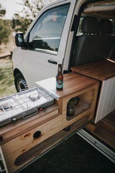Vw Transporter Camper, Vw T5 Camper, Kangoo Camper, Build A Camper Van, Van Conversion Interior, Camper Van Conversion Diy, T4 Camper Interior Ideas, Hiace Camper, Camper Van Kitchen