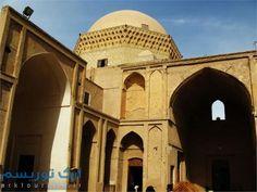 زندان اسکندر یا همان مدرسه ضیائیه در حقیقت مدرسهای است با حدود ۸ قرن قدمت که در محله فهادان شهر یزد در مجاورت بقعه دوازده امام واقع گردیدهاست.