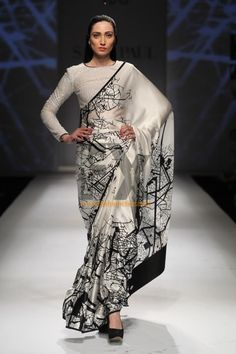 Masaba_Gupta_collection_Satya_Paul_10... gorgeous saree. Don't like the blouse