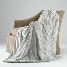 Shop luxe faux fur blankets by Liz and Roo. This snowy lynx is gray and cream with shades of taupe and resembles the snowy lynx cat. Ships in 24 hours. Wipe Warmer, Baby Kicking, Faux Fur Blanket, Baby Hacks, Baby Tips, Swaddle Blanket, Baby Blankets, After Baby, Pregnant Mom