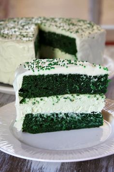 Green Velvet Cheesecake Cake - I'd prefer a different filling than cheesecake, but I've never heard of green velvet. It might be worth a shot to try it.