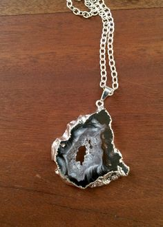 Geode Necklace Black Agate Druzy Crystal Silver by AtelierYumi Geode Necklace, Geode Jewelry, Crystal Jewelry, Pendant Necklace, Black Agate, Gems And Minerals, Jewelery, Bling, Unique Jewelry