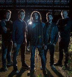 """Esce, domani negli store digitali e il 24 giugno in tutti i negozi, il secondo lavoro discografico della band Indubstry, prodotto dall'etichetta indipendente Suonivisioni: """"Overcome"""". #musica"""