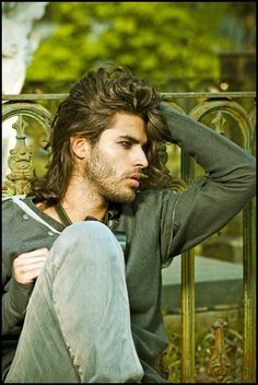 hairstyles+for+men+with+long+hair