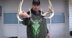 How To Dip a Deer Skull With Spray Paint (DIY) [VIDEO] - Wide Open Spaces