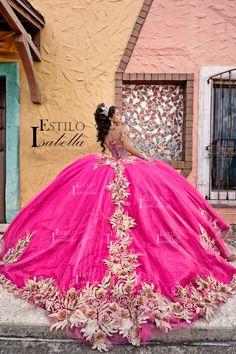 Plus Prom Dresses, Dama Dresses, Quince Dresses, Cute Dresses, Beautiful Dresses, Mexican Quinceanera Dresses, Bridal Lehenga Choli, Bridal Boutique, Quince Ideas