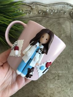 Custom Doctor Personalised Doctor Gift Doctor Mugs Cute Polymer Clay, Cute Clay, Polymer Clay Miniatures, Polymer Clay Charms, Handmade Polymer Clay, Nurse Appreciation Gifts, Medical Gifts, Clay Mugs, Doctor Gifts