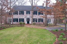 Distinctive Properties: 1230 Lay Road