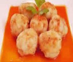 Albóndigas de Merluza con Salsa de Pimientos