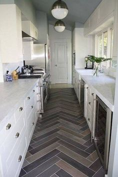 36 Small Galley Kitchens We Love | Famous Interior Designers, Small Galley  Kitchens And Galley Kitchens