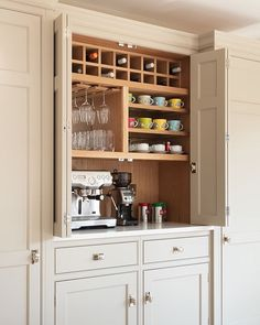 Awesome 38 Modern Pantry Deisgn Ideas For Small Kitchen. # bar ideas kitchen cabinets 38 Modern Pantry Deisgn Ideas For Small Kitchen Kitchen Bar, Kitchen Space, Kitchen Cabinets, Modern Pantry, Diy Kitchen Renovation, Coffee Bars In Kitchen, Diy Kitchen, Kitchen Renovation, Kitchen Design