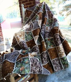 Camo Rag Quilt. I love this one! !! now If I could only learn how to quilt! LOL