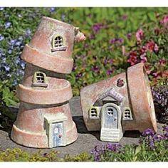 Super cute fairy house idea for a garden