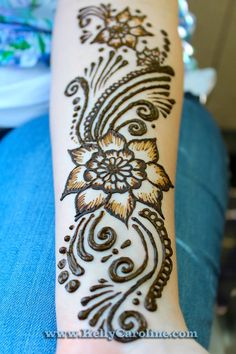 henna design flower