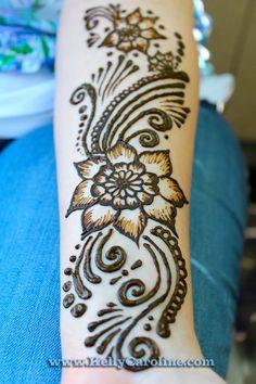 henna_design_flower.jpg 640×960 pixels
