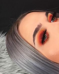 The best makeup tips & tricks. Do i… Best smokey eyes Best smokey eyes MAKEUP! The best makeup tips & tricks. Lips, eyes, skin and much more! Orange Eyeshadow Looks, Orange Eye Makeup, Smokey Eye Makeup, Eyebrow Makeup, Cute Eyeshadow Looks, Sparkly Eye Makeup, Eyelashes Makeup, Asian Makeup, Contour Makeup