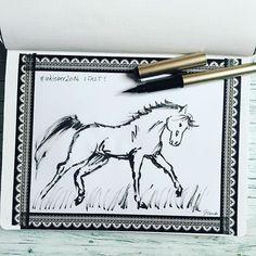 #inktober2016 - day 1 - FAST . Dem ersten Tag der@inktober Challenge widme ich dem, was ich schon als Kind am liebsten gezeichnet habe. Dem Pferd. Es ist schön und schnell! Gezeichnet mit dem Pentel Pocket Touch Brushpen. . #inktober #horse #ink #tinte  #doodleaday #todaysdoodle #doodleinspiration  #doodleart #instaart #sketchnotes  #visualnotes #makethingsvisual #vizualisation #drawingaday #drawingoftheday  #trustedblogs #blogger #sketchnotesbydiana #germanbujojunkies