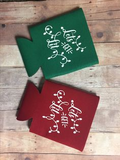 Let's Get Lit Christmas Can Cooler Christmas Party Favors, Christmas Svg, Christmas In July, Vinyl Crafts, Vinyl Projects, Craft Projects, Cricut Wedding, Wedding Cards, Party Favors For Adults