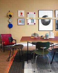 """204 gilla-markeringar, 2 kommentarer - PLEASE WAIT to be SEATED (@pleasewaittobeseated) på Instagram: """"A stilleben photo from Stilleben no.22 shop @stilleben_dk. Stunning setup with the EIERMANN1 table,…"""""""