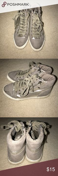 Guess sneakers Grey/silver sneakers Guess Shoes Sneakers