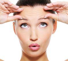 Glatte, feste Haut für immer! Nur ein schöner Traum? Dermatologin Dr. Ulrike Poliza verrät, womit wir wirklich rechnen können. Sie kennt die Trends und erklärt, was wir heute schon tun können, um schöner älter zu werden. http://www.fuersie.de/beauty/anti-aging/artikel/bekommen-wir-in-zukunft-keine-falten-mehr